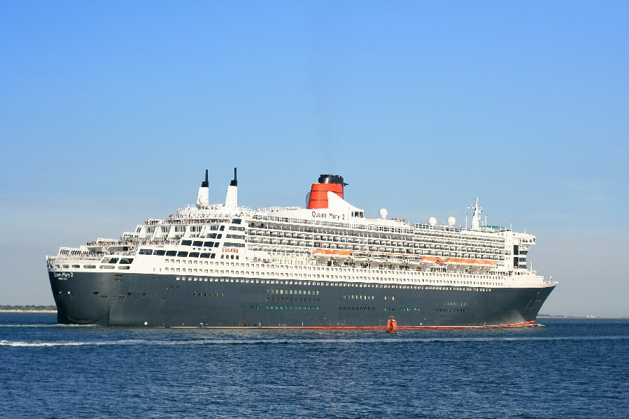 [t]Queen Mary 2[/t][s]Fot. Brian Burnell, Wikipedia[/s]